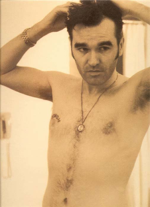 http://www.musicbanter.com/attachments/pop/2774d1212668440-morrissey-morrissey-honey.jpg